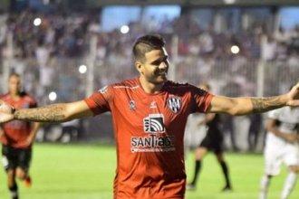 La Joya concordiense le dio una victoria clave a su equipo para seguir en la B Nacional
