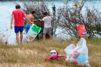 Más que separados, unidos por el río: Harán una jornada binacional de limpieza en costas del Uruguay