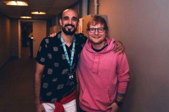 Tras ver a Ed Sheeran, Abel Pintos cantará en la noche de enamorados de Colón
