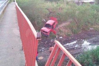 Conductor murió tras caer al vacio con su auto en la Ruta 168