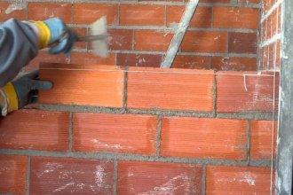 Concepción del Uruguay: un albañil fue aplastado por una pared