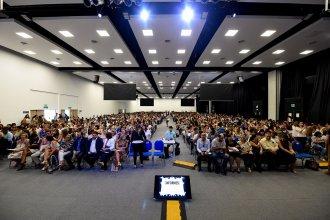 Comenzaron las Jornadas Regionales de Educación con más de 2.000 docentes presentes