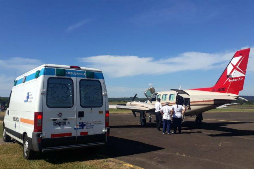 El avión con los médicos platenses (El Entre Ríos)