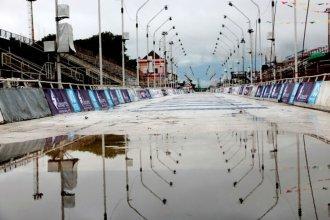 No pudo ser: a causa del clima, la séptima noche del carnaval del país quedó suspendida