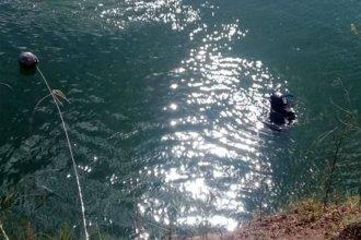 Adolescente se tiró al agua y no lo volvieron a ver