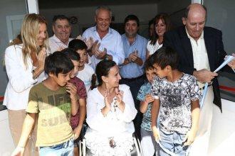 Rodeada por precandidatos de Cambiemos, Michetti viajó a Entre Ríos para inaugurar obras nacionales
