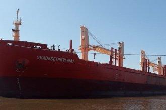 Llegó un nuevo buque al puerto de Concepción del Uruguay para cargar arroz entrerriano