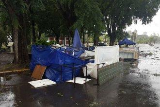Tras su paso por Santa Fe, el temporal causó destrozos en la capital entrerriana