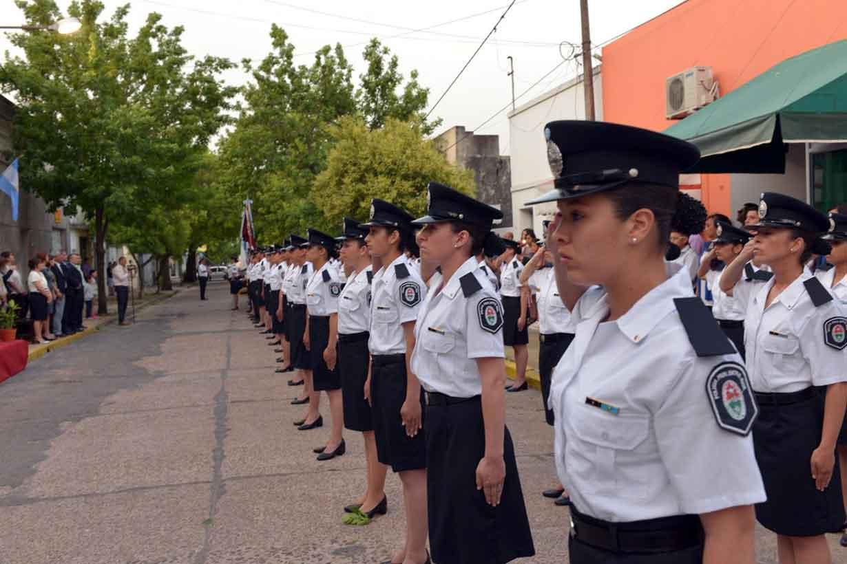 Las mujeres ganan espacio en la policía