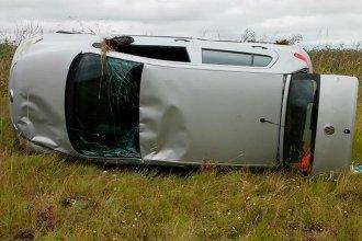 Viajaba de Concordia a la capital entrerriana, cuando sufrió un vuelco en Ruta 18