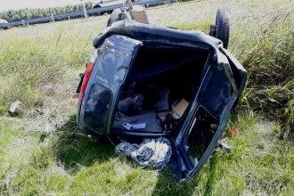 Violento despiste en la autovía 14 dejó dos muertos y un herido grave
