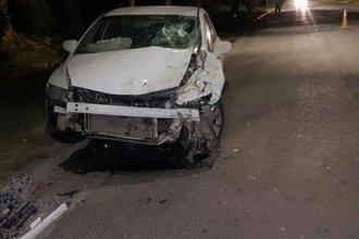 Joven motociclista resultó gravemente herido en un triple choque