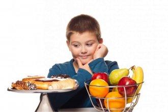 Contra la obesidad infantil, proponen una guía para  que las escuelas sean entornos saludables