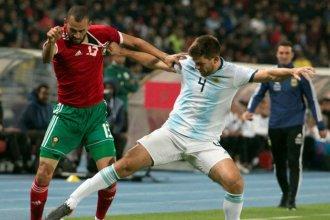 Con poco brillo y gol sobre el final, Argentina logró el triunfo ante Marruecos