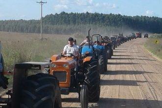 """Un """"tractorazo"""" de productores autoconvocados paralizó una ciudad del norte entrerriano"""