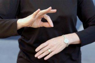 Atención inclusiva: empleados municipales aprenderán Lengua de Señas