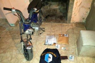 Dos detenidos y múltiples elementos secuestrados en un allanamiento por narcomenudeo