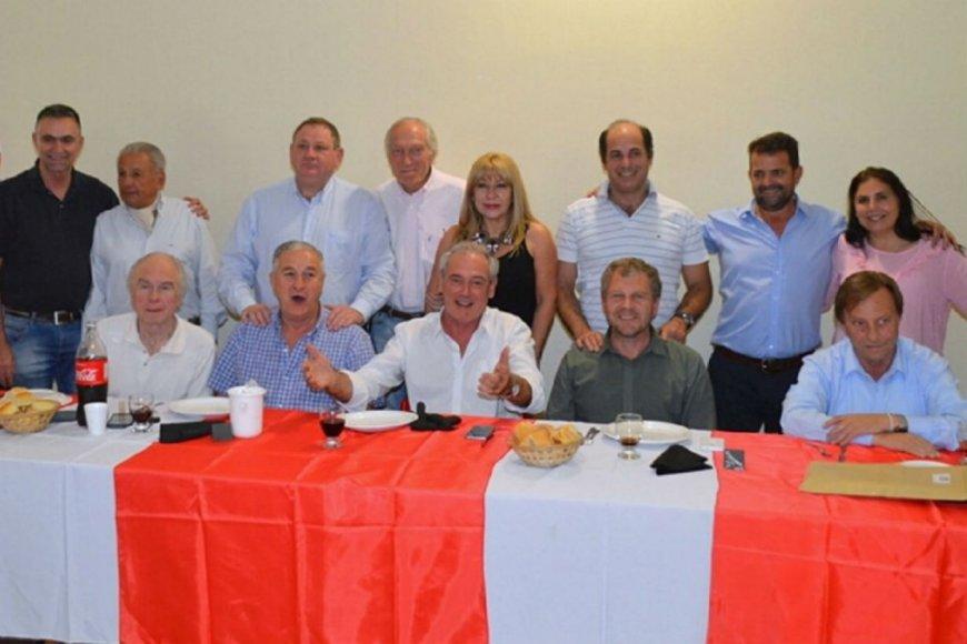 La movida del peronismo bonaerense que pone furiosa a Vidal — Elecciones