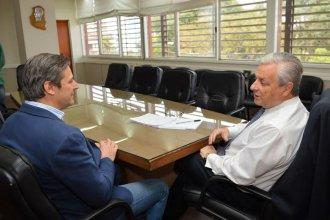 La causa de los contratos truchos dejó a dos políticos en la mira tras una inesperada denuncia