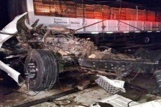 Camioneros entrerrianos protagonizaron un triple choque en Santa Fe