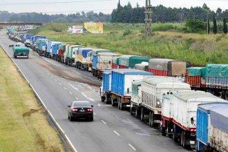 Cosecha récord: 2000 camiones por día pasan por el puente al puerto de Rosario