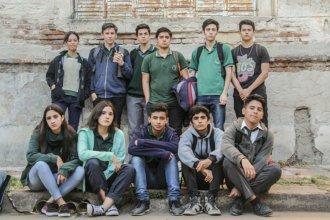 Techos caídos y baldosas flojas: reclamarán por el estado de escuela entrerriana