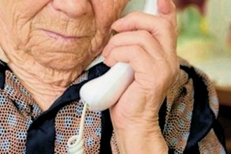 """""""Cortá las llamadas dudosas"""": la campaña para adultos mayores contra estafas telefónicas"""