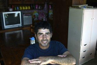 """""""Para muchos estoy bajo tierra"""": Cómo vive el entrerriano que inventó la historia de los 500 mil dólares"""