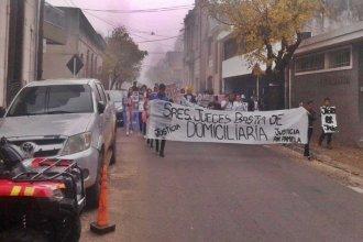 Familiares y amigos de víctimas de accidentes de tránsito marcharon en Concordia pidiendo justicia
