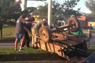 Caballo desbocado causó momentos de tensión en Concepción del Uruguay