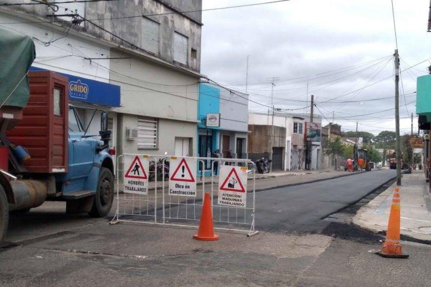 En abril reasfaltaron calle 1º de Mayo.