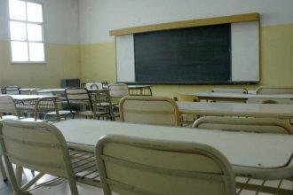 Un profesor sufrió un grave corte en su pierna mientras daba una clase y debió ser hospitalizado