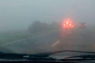 Prohibido pasar: por la niebla, cerraron el tránsito vehicular en el puente Victoria - Rosario