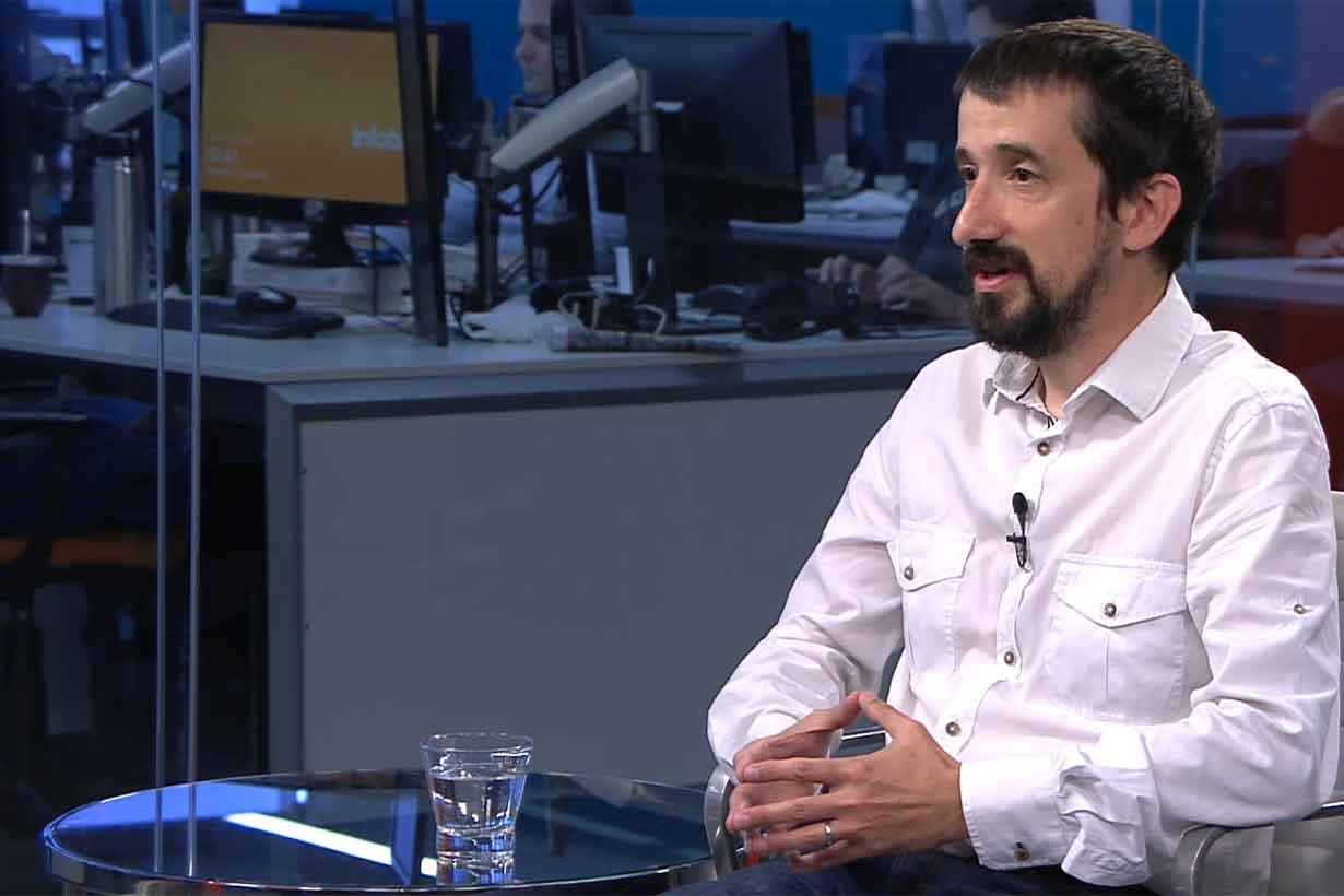 Daniel Vigo, médico