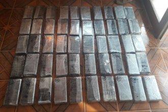 Incautaron 53 kilos de cocaína que había cruzado al Uruguay por el puente de Salto Grande
