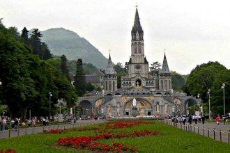 Enfrentando la banalización de la vida: La mirada del papa Francisco sobre el santuario de Lourdes