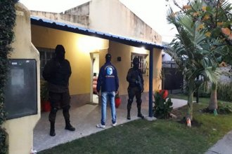 Seis personas fueron detenidas en tres allanamientos por narcomenudeo