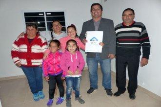 IAPV anuncia la construcción de viviendas en Villa del Rosario, sin precisar cuánto costarán
