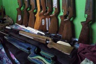 Recuperaron parte del armamento robado en el Tiro Federal y detuvieron al presunto autor