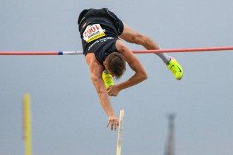 Pablo Zaffaroni saltó hasta los 5 metros y se colgó la medalla dorada en Colombia
