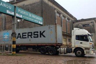 Parálisis en el puerto de Paysandú: ya no quedan contenedores y vendieron la grúa que los movilizaba