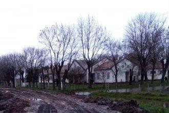 Tras el retiro del agua, desinfectaron y volvieron las clases a la escuela rural inundada
