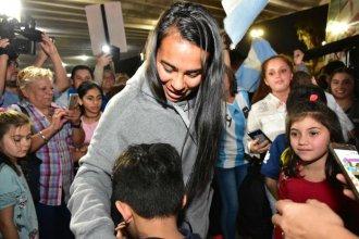 """Yael Oviedo, profeta en su tierra al regresar de Francia: """"Fue el Mundial soñado de muchas"""""""