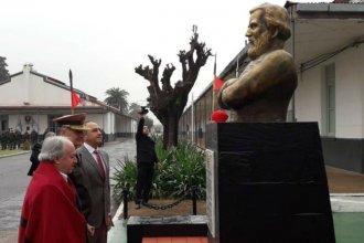 Con un busto homenajearán a Güemes en una escuela entrerriana: ¿Urtubey estará presente?