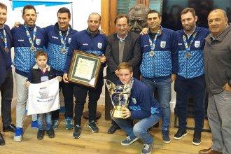 El intendente Varisco recibió y congratuló a la Selección Argentina campeona de sóftbol