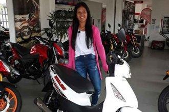 La bronca y la impotencia de una joven que vio por la ventana cómo se llevaban su moto