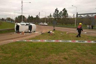 2 mujeres hospitalizadas y una mascota fallecida, tras un choque en el acceso a localidad entrerriana