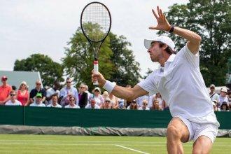 Pablo Cuevas comenzó a competir en Wimbledon con el pie derecho