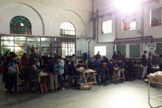 Medio centenar de jóvenes disputaron el primer encuentro de ajedrez