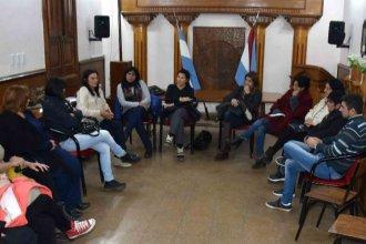 Nuevos integrantes y el testimonio de adolescentes en recuperación, en la reunión del Consejo de Adicciones